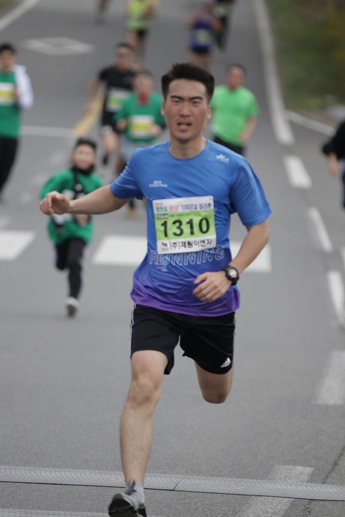 2019 영천댐 벚꽃마라톤대회 골인 (11:11:50 ~ 11:14:54)