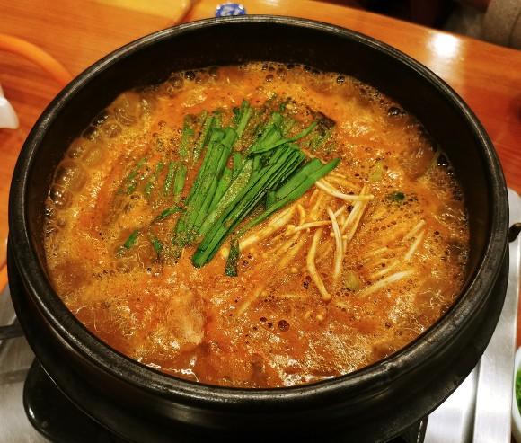 Gimpo Chuotang Restaurant / Gimpo Unyang Dongchutang Restaurant / Gimpo Park Cinechutang