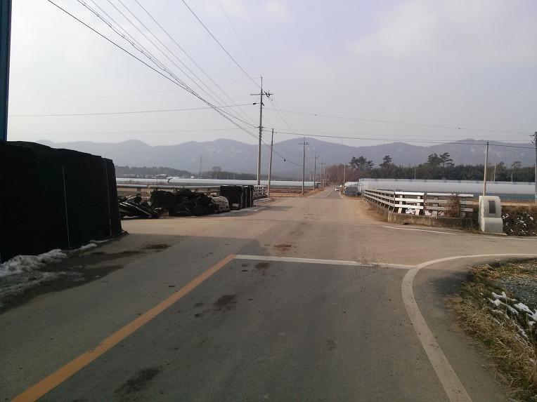 시골길 도로 반사경 설치 봉사후기